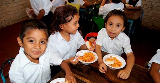 Over 1.2 million children in Nicaragua receive free school meals